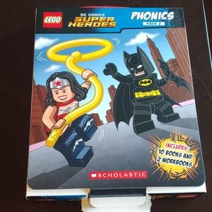 Super Hero Phonics Book Set